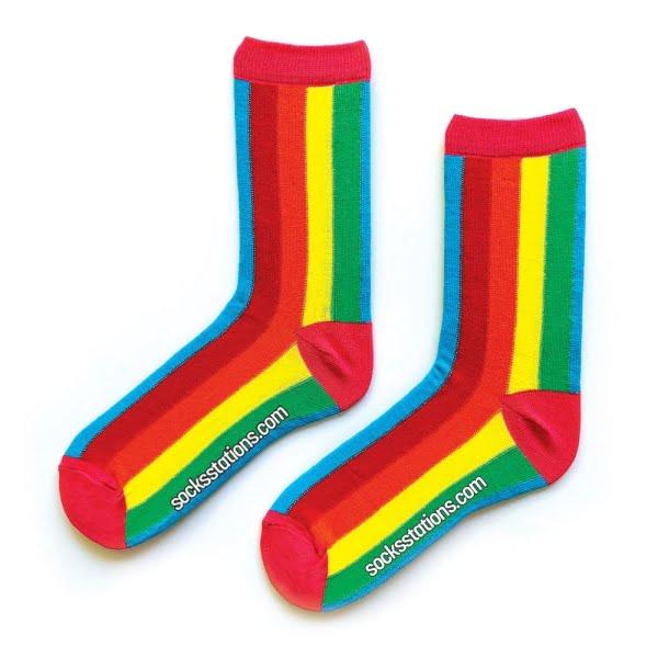Rengarenk dik çizgili çorap