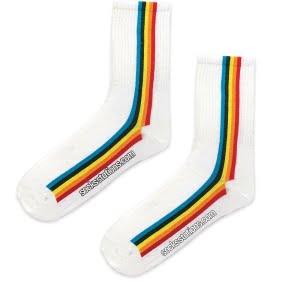 Dik Renkli Çizgi Beyaz Çorap