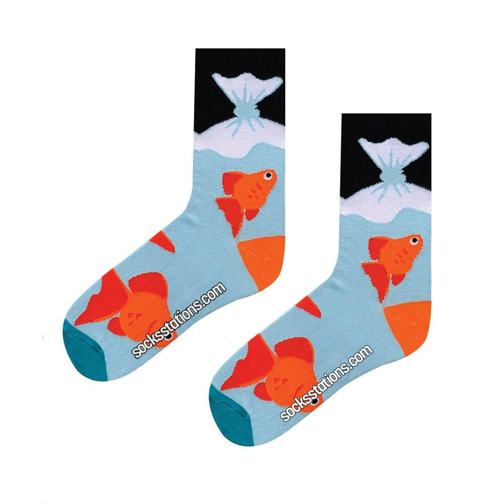 Balık desenli mavi çorap