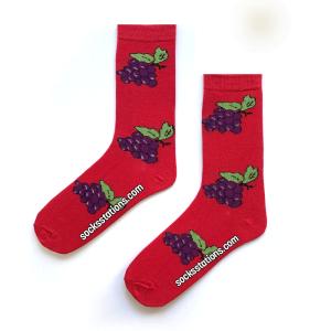 Kırmızı Üzüm Salkımı Desenli Çorap