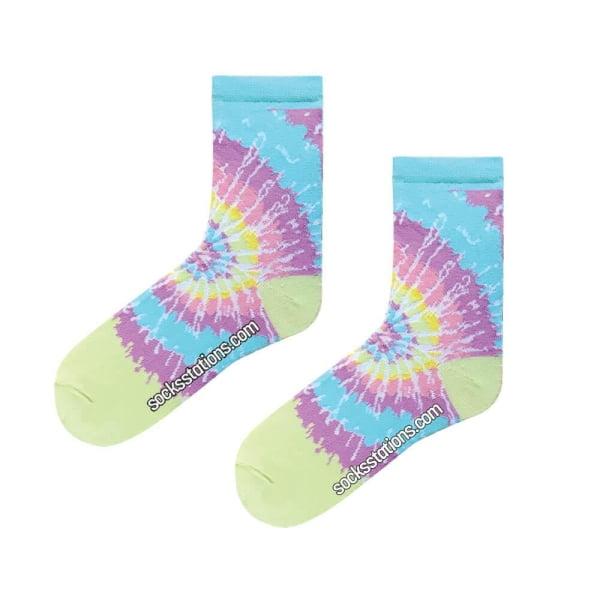 Açık Batik Desenli Renkli Çorap
