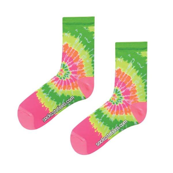 Rengarenk Batik Desenli Çorap
