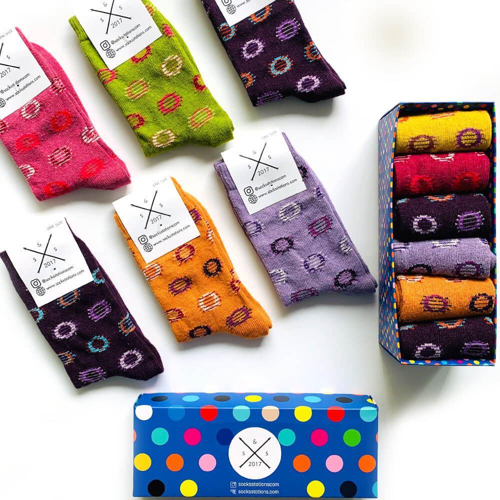6'lı yünlü renkli geometrik desenli çorap kutusu
