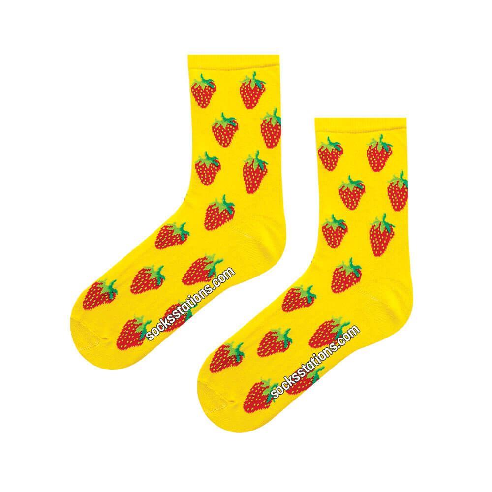 Sarı çilek desenli çorap