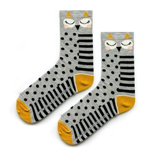 Puantiyeli Baykuş Desenli Çorap