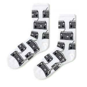 Beyaz Radyo Desenli Çorap