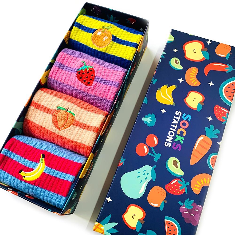 4'lü meyve nakışlı çorap