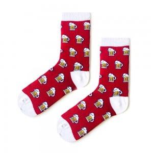biralı kırmızı çorap